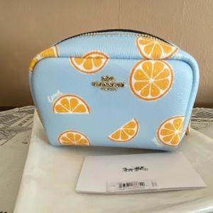 Oranges anyone?